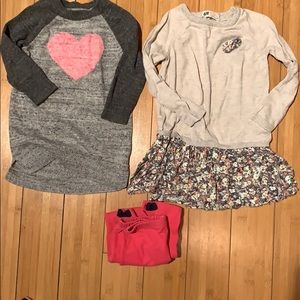 Cute bundle. 2 long sweaters and free pink legging